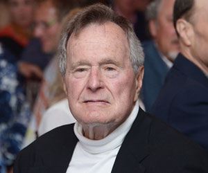 Bush Senior Continues to Remain Hospitalized