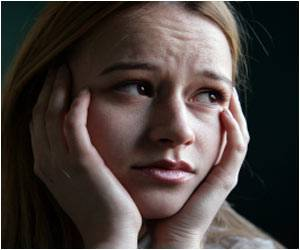 Researchers Identify Point When Negative Thoughts Turn into Depression
