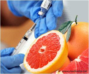 Grapefruit Juice Could Lower Dose of Cancer Drug