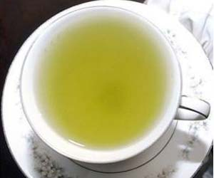 Green Tea Protects the Brain During Spinal Cord Injury