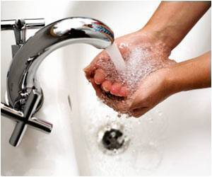 Internet-Based Hand Washing Program Shown To Reduce Spread Of Infections