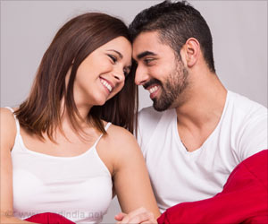 Happy Sex Life Ensures Good Oral Health