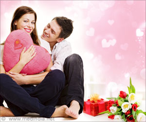 Enjoy a Flirty Valentine's Day With Lots of Love and Loads of Gifts