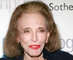 Cosmopolitan's Editor-in-chief Helen Gurley Brown Passes Away