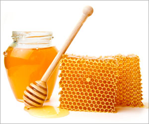 Honey can Destroy Harmful Fungus, Treat Several Diseases