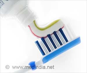 Triclosan Present in Toothpaste Causes Antibiotic Resistance