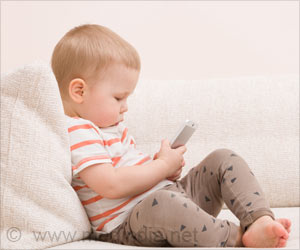 Kids With Before Bed Screen Time habits may Sleep Less