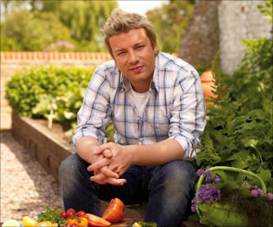 Top Chef Jamie Oliver Cooks Song for 'Food Revolution Day'