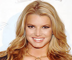 During Pregnancy Jessica Simpson to Suspend Dieting