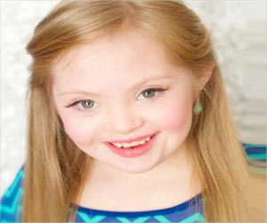 9-Year-Old Girl Becomes the First Down Syndrome Model for Gap Clothing, USA