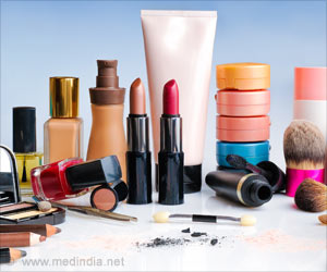 Link Between Heavy Makeup and Women's Leadership Ability