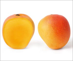 Mangoes Help Lower Blood Sugar, Cancer Risk