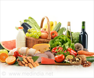 Mediterranean Diet may Reduce Death Risk in Patients With Cardiovascular Disease