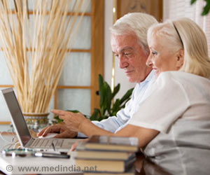 Study Finds Gap in Internet Usage Between Black, White Seniors
