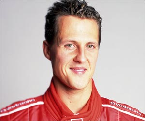 Schumacher's Wife Attempts to Wake Him Up from Coma