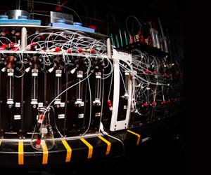 Molecule-Maker Machine Creates Small Organic Molecules