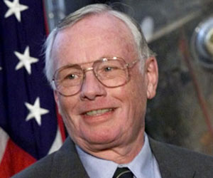 Neil Armstrong Recovering After Heart Bypass Surgery, Say Sources