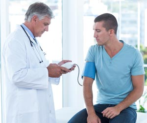 heart and mm hg 120 90 mm 2017-11-30 understanding blood pressure readings  hypertension stage 2 is when blood pressure consistently ranges at 140/90 mm hg or  if your blood pressure is higher than 180/120 mm hg and you are experiencing signs of.