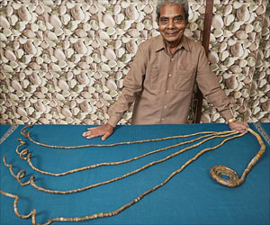 78-Year-Old Indian Sets Guinness World Records for Longest Fingernails on One Hand