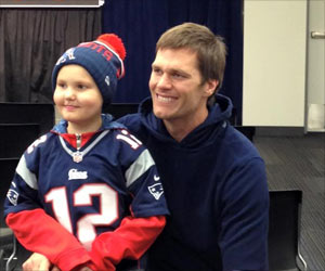 NFL Star Tom Brady Grants the Christmas Wish of a Little Girl With Cancer