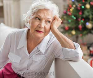 Heart Attack Risk Soars on Christmas Eve