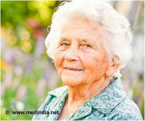 Osteoporosis Drugs: Older Women Are At a Slight Risk Of Oral Complications