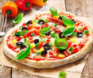 Study Reveals Why Our Brain Picks Pizza Over Salad