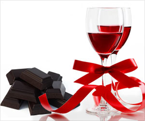 To Keep Your Lover's Heart Healthy Go for Dark Chocolate and Red Wine: Dietician