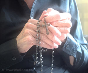 Women Who Attend Religious Services Live Longer