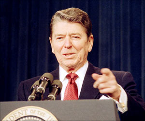 Early Signs of Alzheimer's Analyzed With Former US President Ronald Reagan's Speech