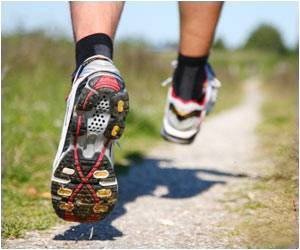 Adolescent Runner's Biomechanics and Performance Altered by Cushioned Heel Running Shoes