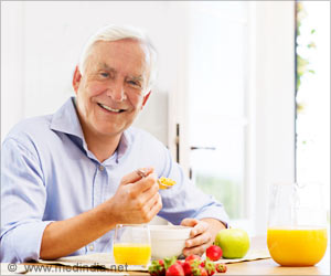 Healthy Diet Can Improve Physical Function in Older Men