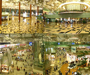 Tourist Boom in Asia Fuels Airport Binge
