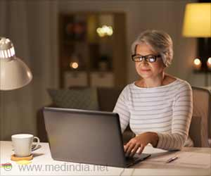 Too Much Sitting May Up Heart Disease Risk in Aging Women
