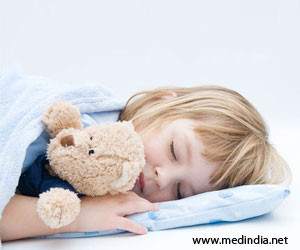Earlier Bedtime for Preschoolers may Prevent Obesity Later on