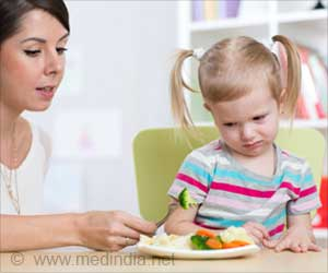 Stress Over Fussy Eating Forces Mom and Dad to Pressure or Reward at Mealtime