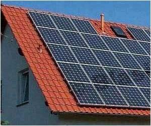 SprayLD Technique to Spray Solar Cells Using Light-sensitive Materials Onto Surfaces