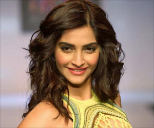 Bollywood Actress Sonam Kapoor Lends Support to Breast Cancer Awareness