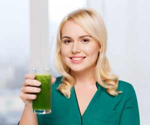 Go Green: Drinking a Glass of Spinach Juice Can Offer Amazing Health Benefits