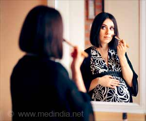 Wearing Makeup during Pregnancy can Make Your Unborn Child Obese, Overweight