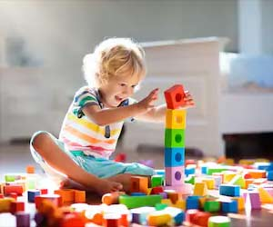 Tech vs Traditional Toys: Which are Best for Your Children?