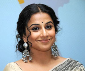 Bollywood Actress Vidya Balan Turns 'Sutradhar' in Music Video on Women's Rights