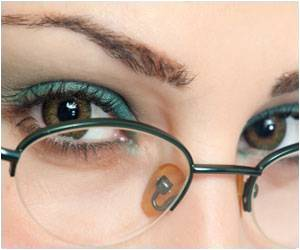Love Flaunting Eye Make Up? Here's Some Tips Do It Right