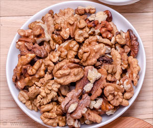 60 Grams of Walnuts a Day Keep Heart Diseases At Bay!