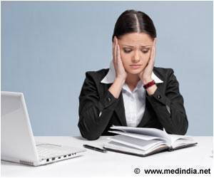 Long Working Hours May Up Depression Risk in Women
