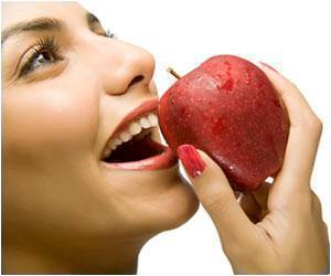Apple and Chewing Gum can Help Keep the Shine in Your Teeth