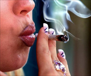 Very Light Smoking Common In Young Women, Is Dangerous As Heavy Smoking