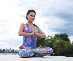 Choose Perfect and Stylish Yoga Outfit: International Yoga Day