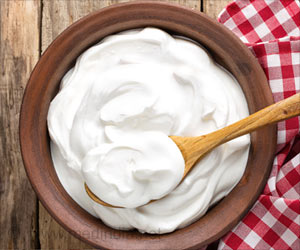 Yogurt Helps Ease Psychiatric Symptoms in Schizophrenia Patients