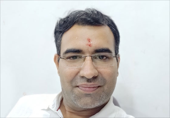 Dr. Amol Lahane